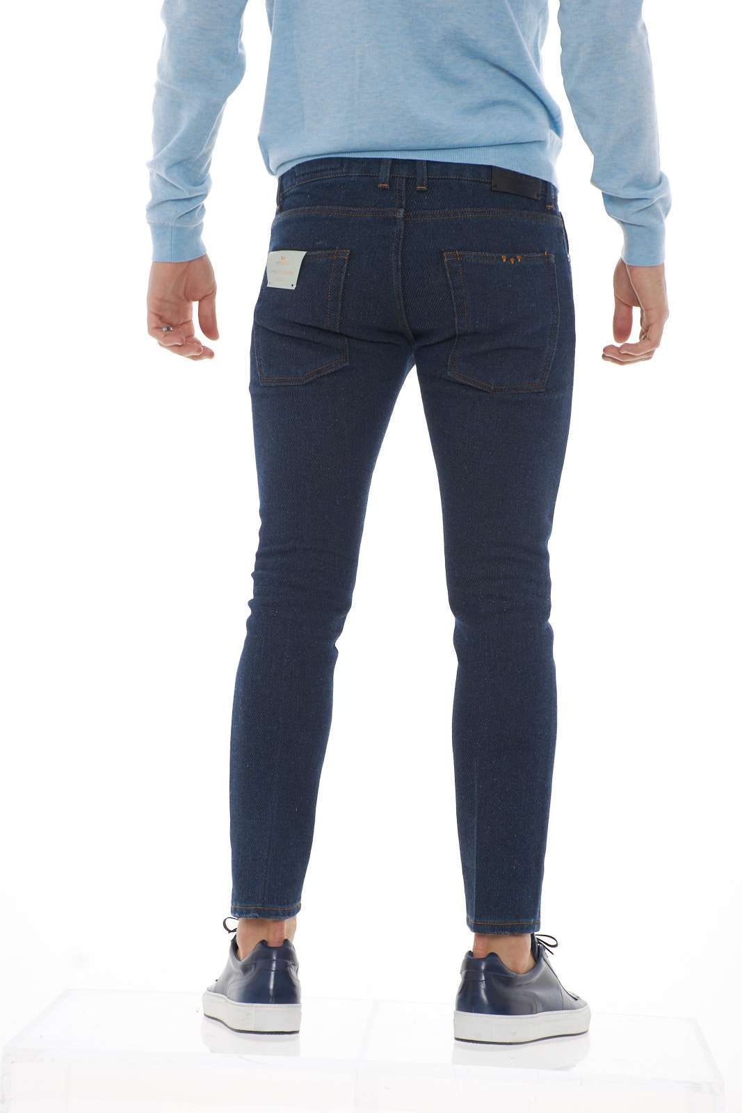 https://www.parmax.com/media/tmp/catalog/product/a/i/ai-outlet_parmax-pantaloni-uomo-entre-amis-a19gaga1208l457-c.jpg