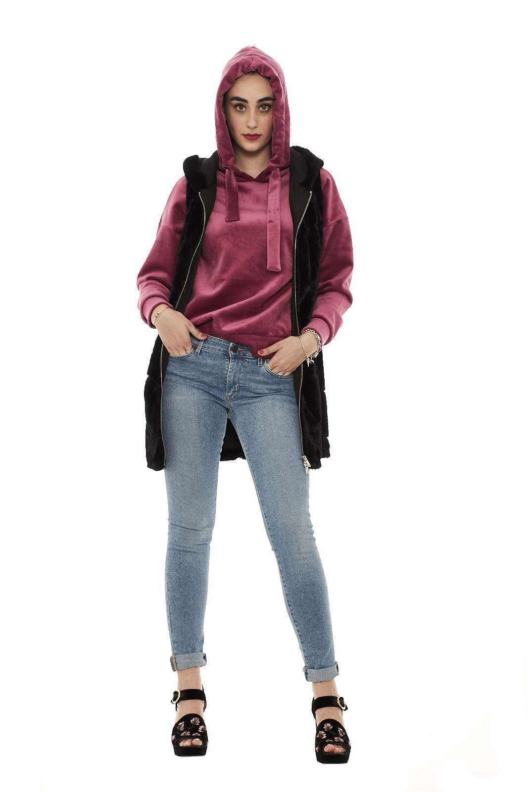https://www.parmax.com/media/tmp/catalog/product/a/i/ai-outlet_parmax-pelliccia-donna-only-newmartin-e.jpg