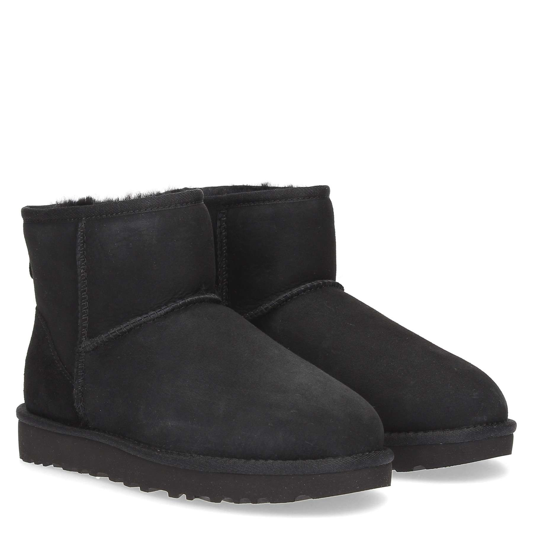 https://www.parmax.com/media/catalog/product/a/i/AI-outlet_parmax.-stivaletto-donna-Ugg-1016222-B_1.jpg