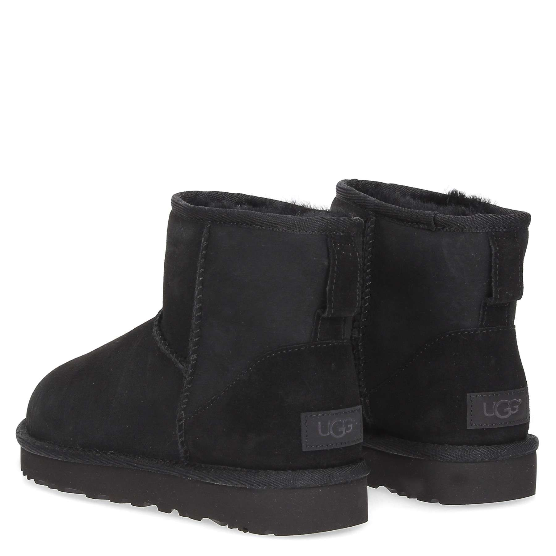 https://www.parmax.com/media/catalog/product/a/i/AI-outlet_parmax.-stivaletto-donna-Ugg-1016222-C_1.jpg