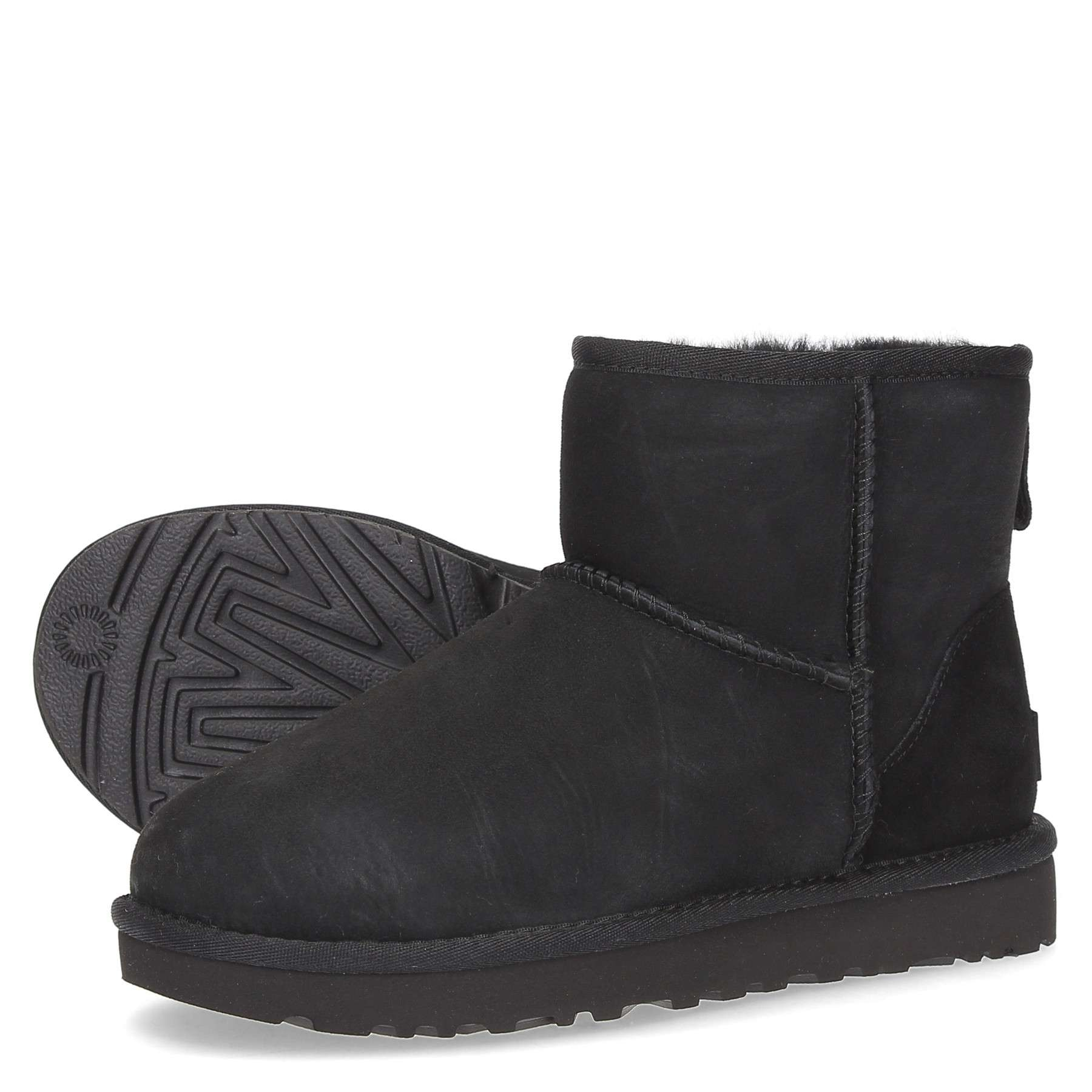 https://www.parmax.com/media/catalog/product/a/i/AI-outlet_parmax.-stivaletto-donna-Ugg-1016222-D_1.jpg
