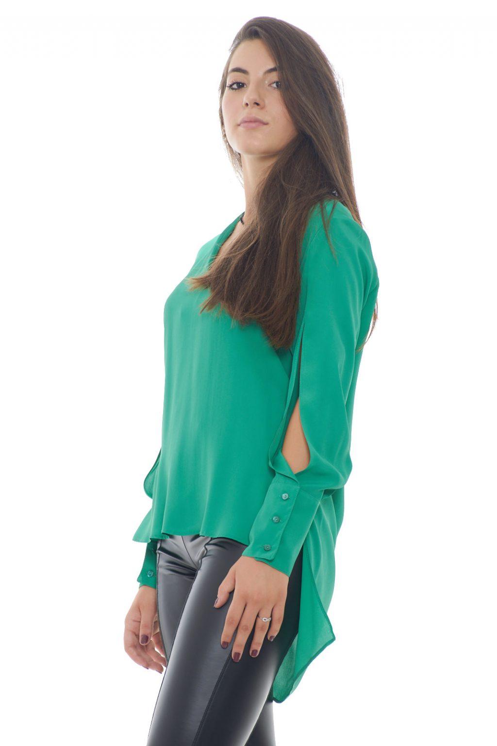https://www.parmax.com/media/catalog/product/a/i/AI-outlet_parmax-blusa-donna-mem-Js-BL061000-B.jpg