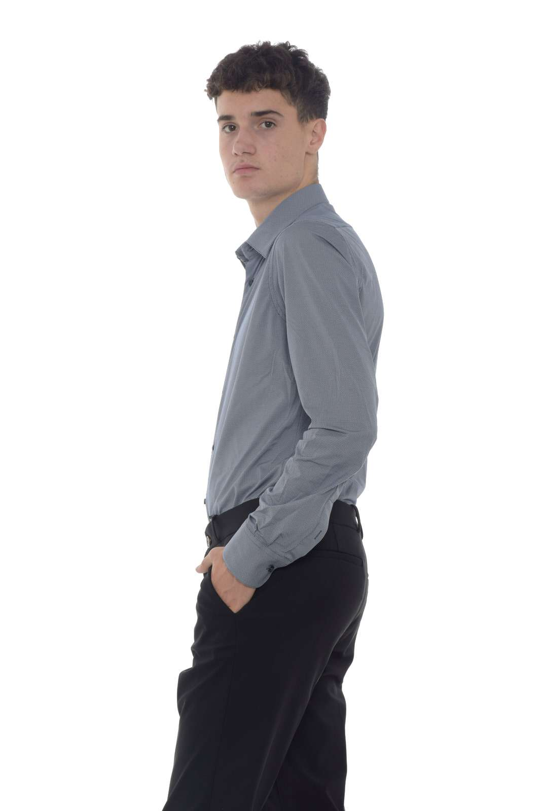 https://www.parmax.com/media/catalog/product/a/i/AI-outlet_parmax-camicia-uomo-RRD-W19255-B.jpg