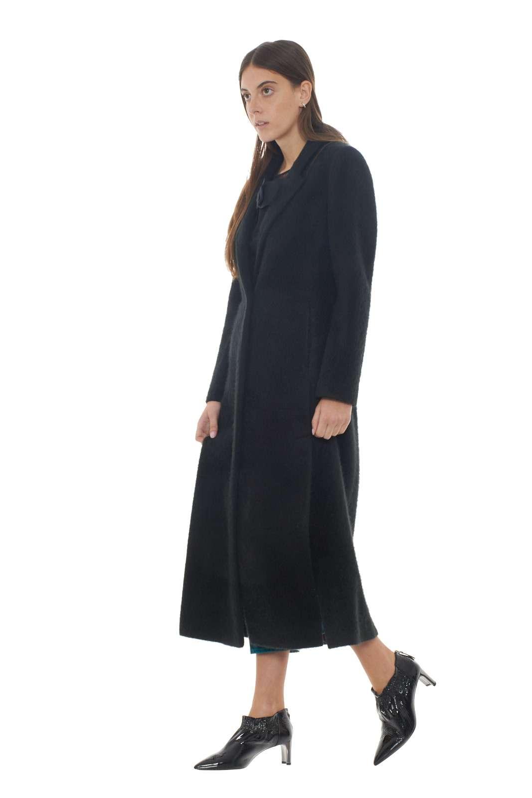 https://www.parmax.com/media/catalog/product/a/i/AI-outlet_parmax-cappotto-donna-Patrizia-Pepe-2S1261-B.jpg