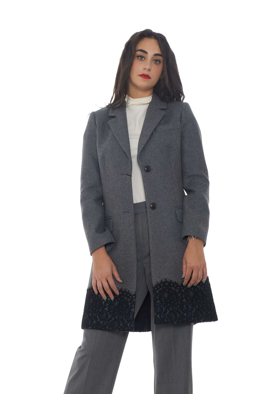 https://www.parmax.com/media/catalog/product/a/i/AI-outlet_parmax-cappotto-donna-Twin-Set-192TP2314-A.jpg