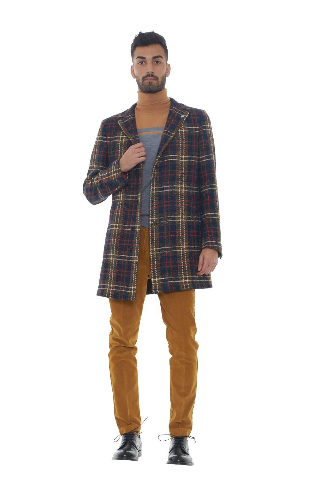 https://www.parmax.com/media/catalog/product/a/i/AI-outlet_parmax-cappotto-uomo-Manuel-Ritz-2732C4478%20193730-D.jpg
