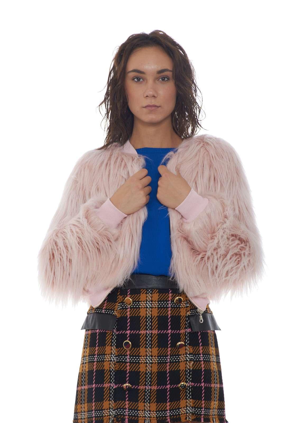 https://www.parmax.com/media/catalog/product/a/i/AI-outlet_parmax-giacca-donna-Jaim%C3%A8-8762jPe-A.jpg