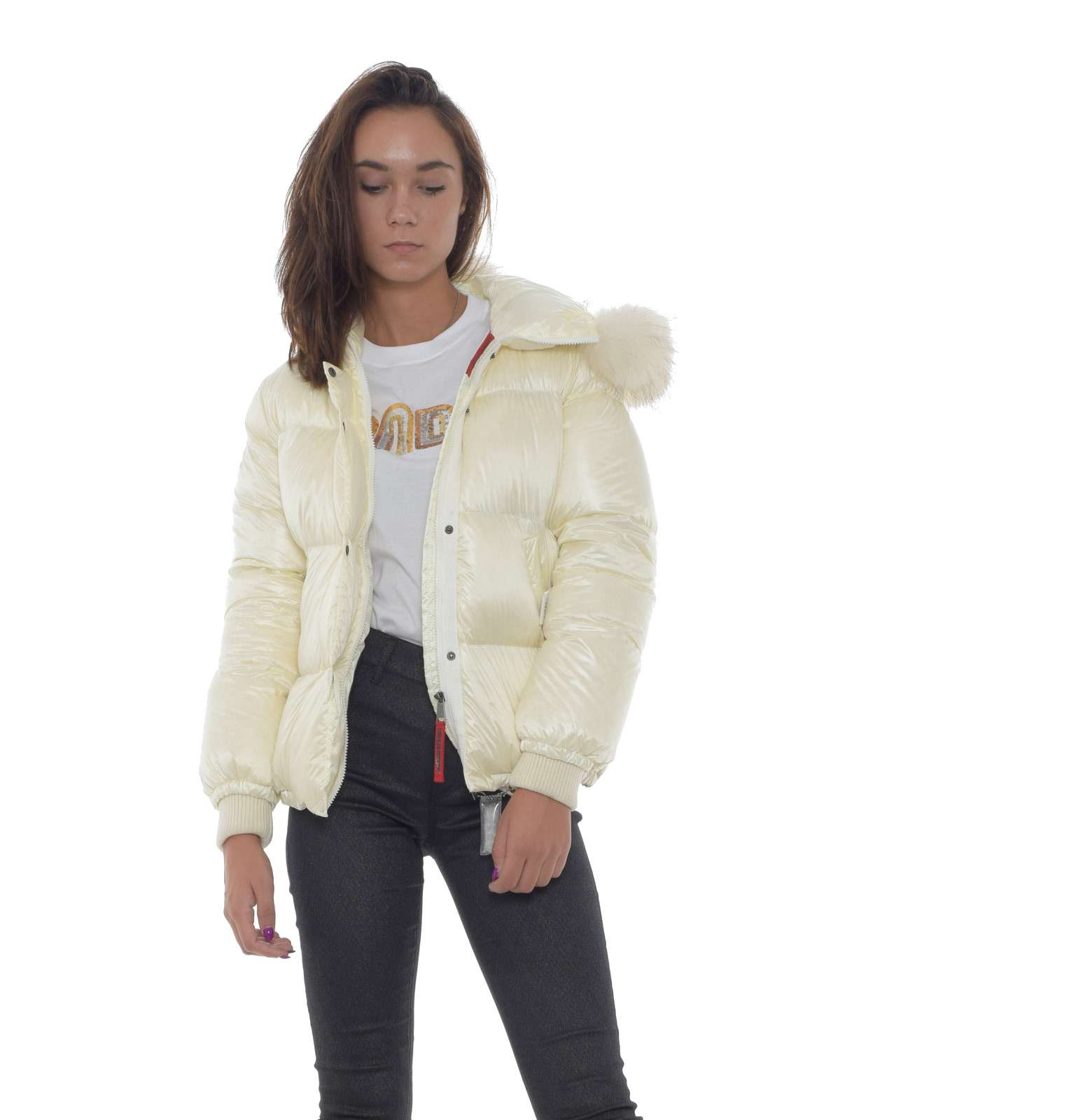 https://www.parmax.com/media/catalog/product/a/i/AI-outlet_parmax-giubbino-donna-FreedomDay-ifrw6020n-A.jpg