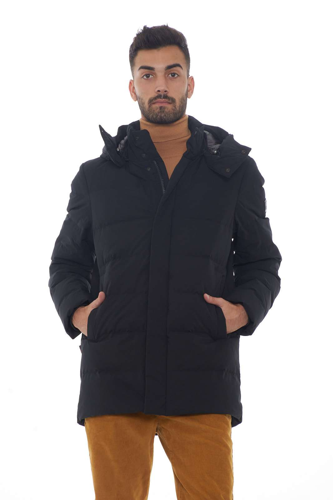 https://www.parmax.com/media/catalog/product/a/i/AI-outlet_parmax-giubbino-uomo-Woolrich-WOLOW0009-A.jpg