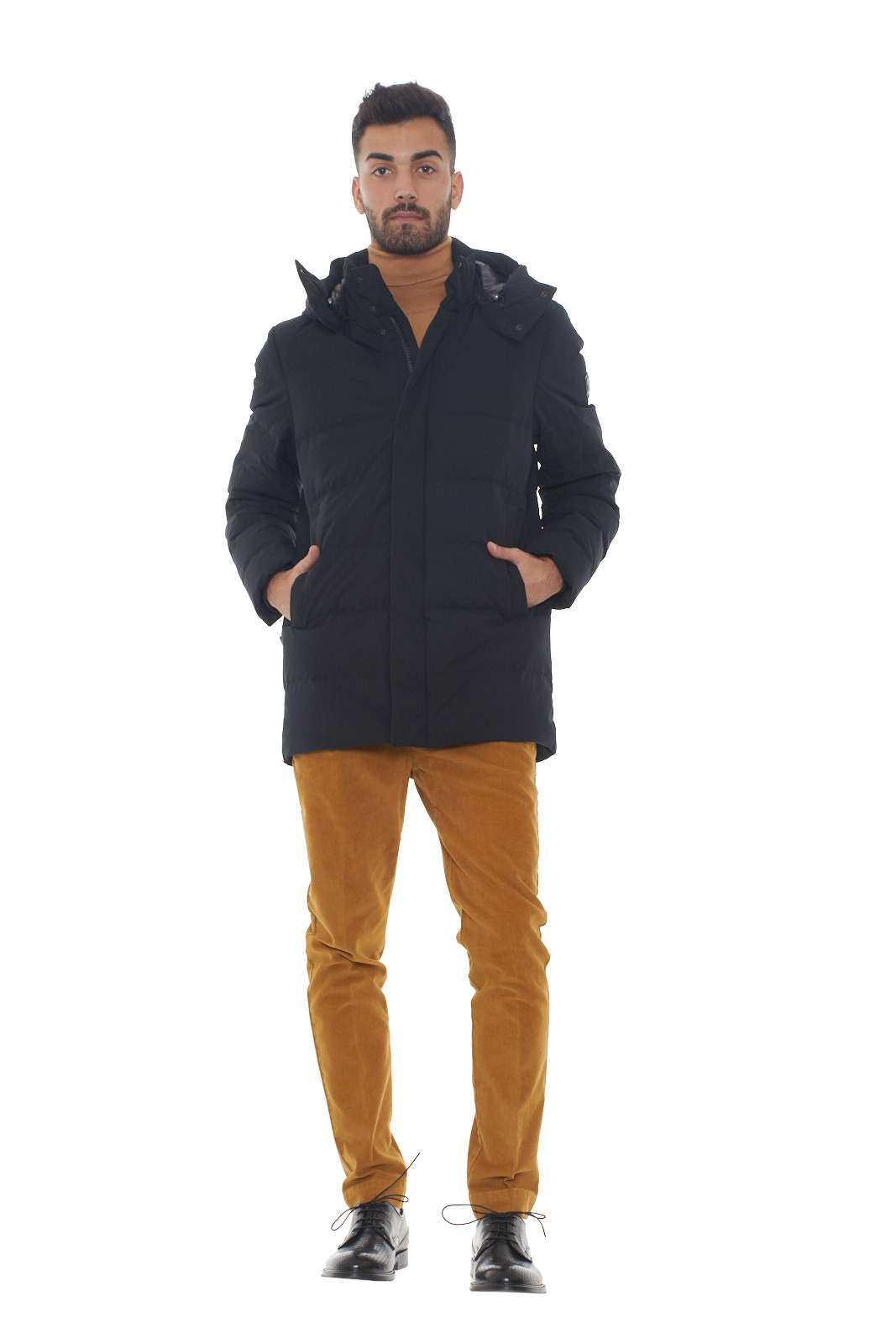 https://www.parmax.com/media/catalog/product/a/i/AI-outlet_parmax-giubbino-uomo-Woolrich-WOLOW0009-D.jpg