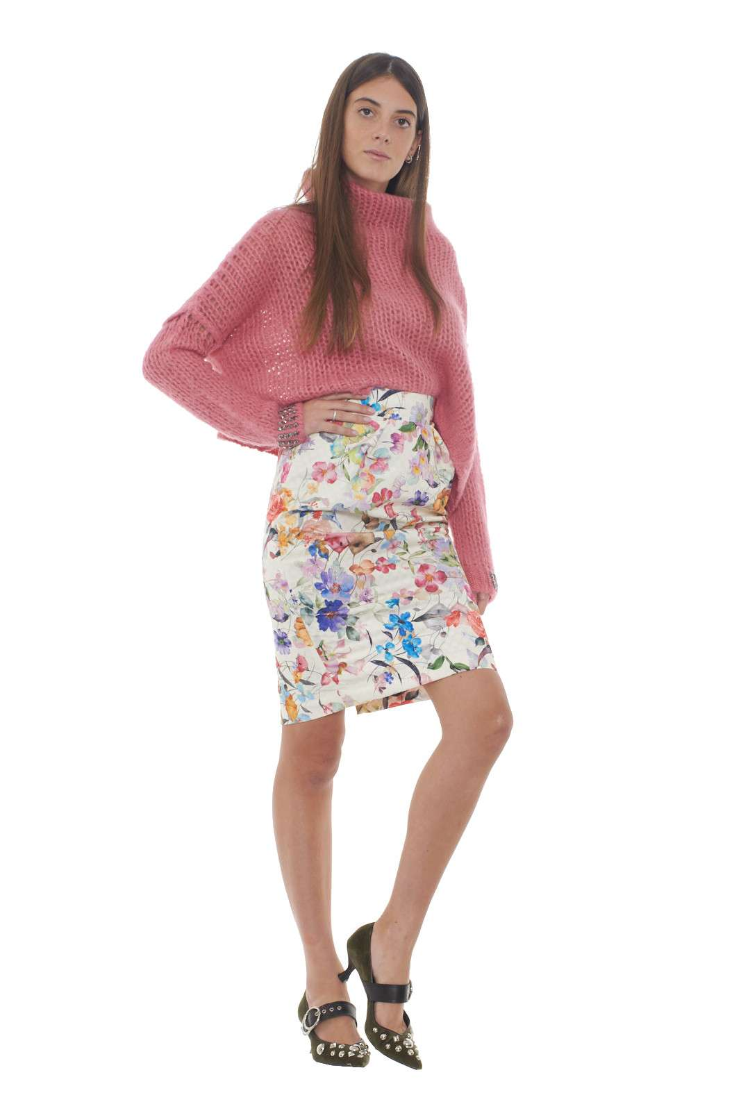 https://www.parmax.com/media/catalog/product/a/i/AI-outlet_parmax-gonna-donna-Lana-Caprina-LC544-D.jpg