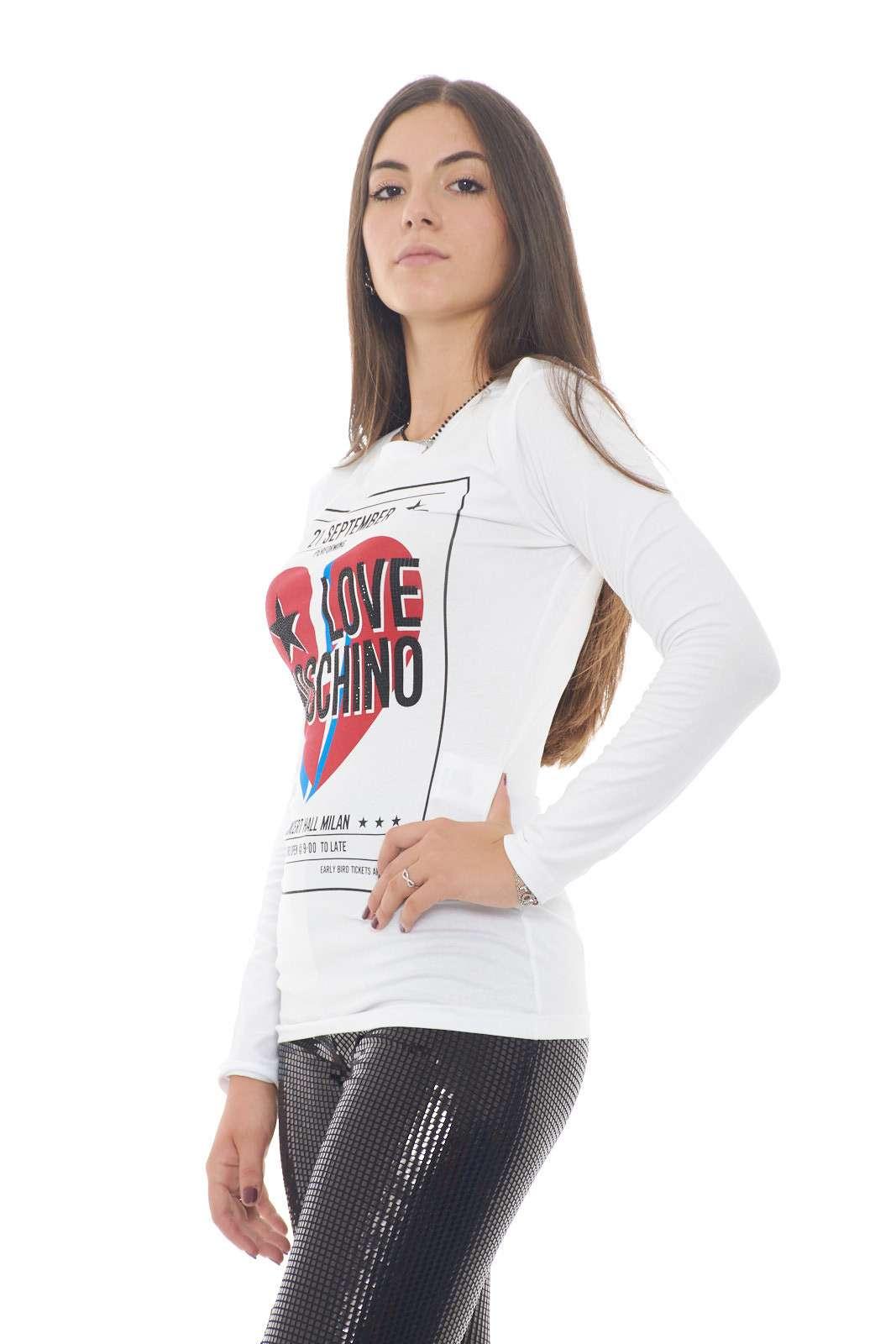 https://www.parmax.com/media/tmp/catalog/product/a/i/AI-outlet_parmax-maglia-donna-Moschino-W%204%20G52%2015%20E%201951-B.jpg