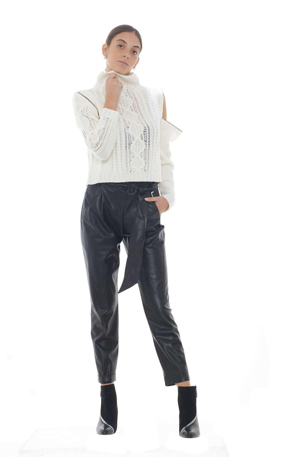 https://www.parmax.com/media/catalog/product/a/i/AI-outlet_parmax-maglia-donna-Patrizia-Pepe-8m0866-D.jpg