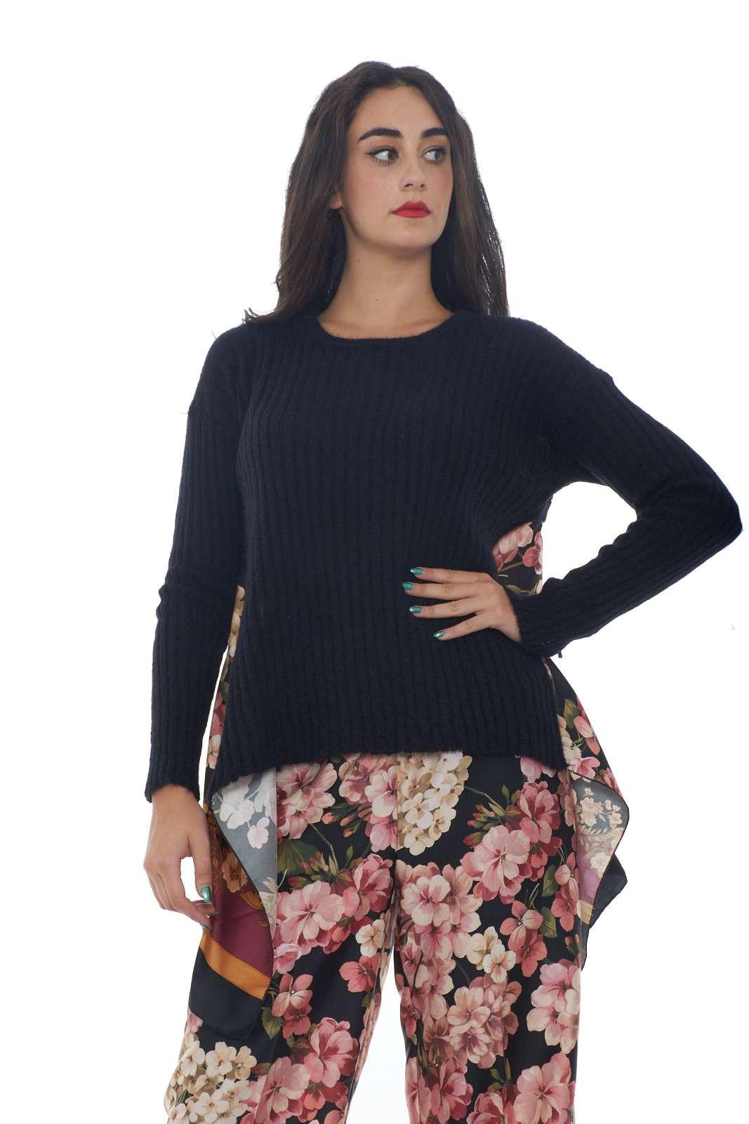 https://www.parmax.com/media/catalog/product/a/i/AI-outlet_parmax-maglia-donna-Twin-Set-192TP3062-A.jpg