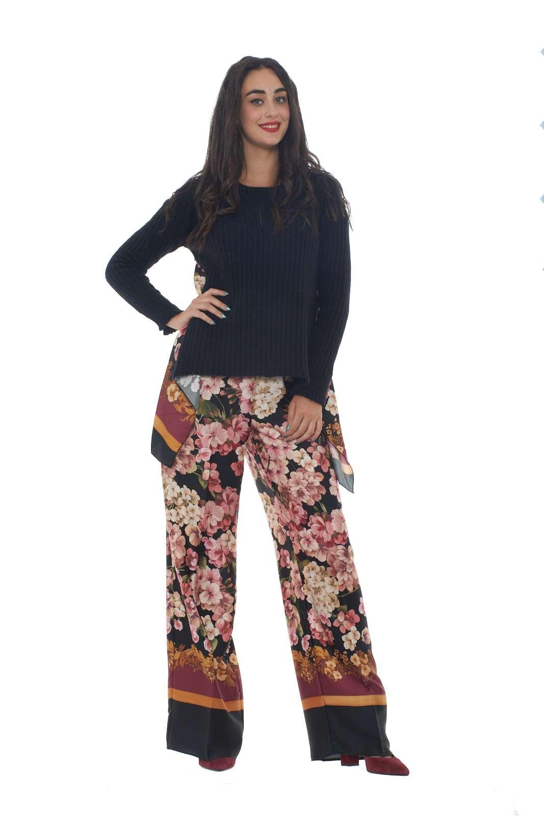 https://www.parmax.com/media/catalog/product/a/i/AI-outlet_parmax-maglia-donna-Twin-Set-192TP3062-D_1.jpg