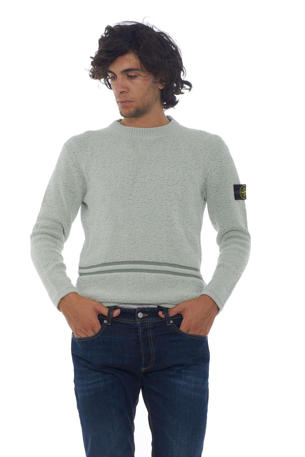 https://www.parmax.com/media/catalog/product/a/i/AI-outlet_parmax-maglia-uomo-Stone-Island-7115517B1-A.jpg