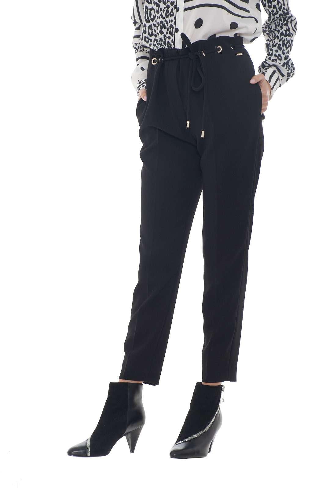 https://www.parmax.com/media/catalog/product/a/i/AI-outlet_parmax-pantaloni-donna-Liu-Jo-C19146-A.jpg