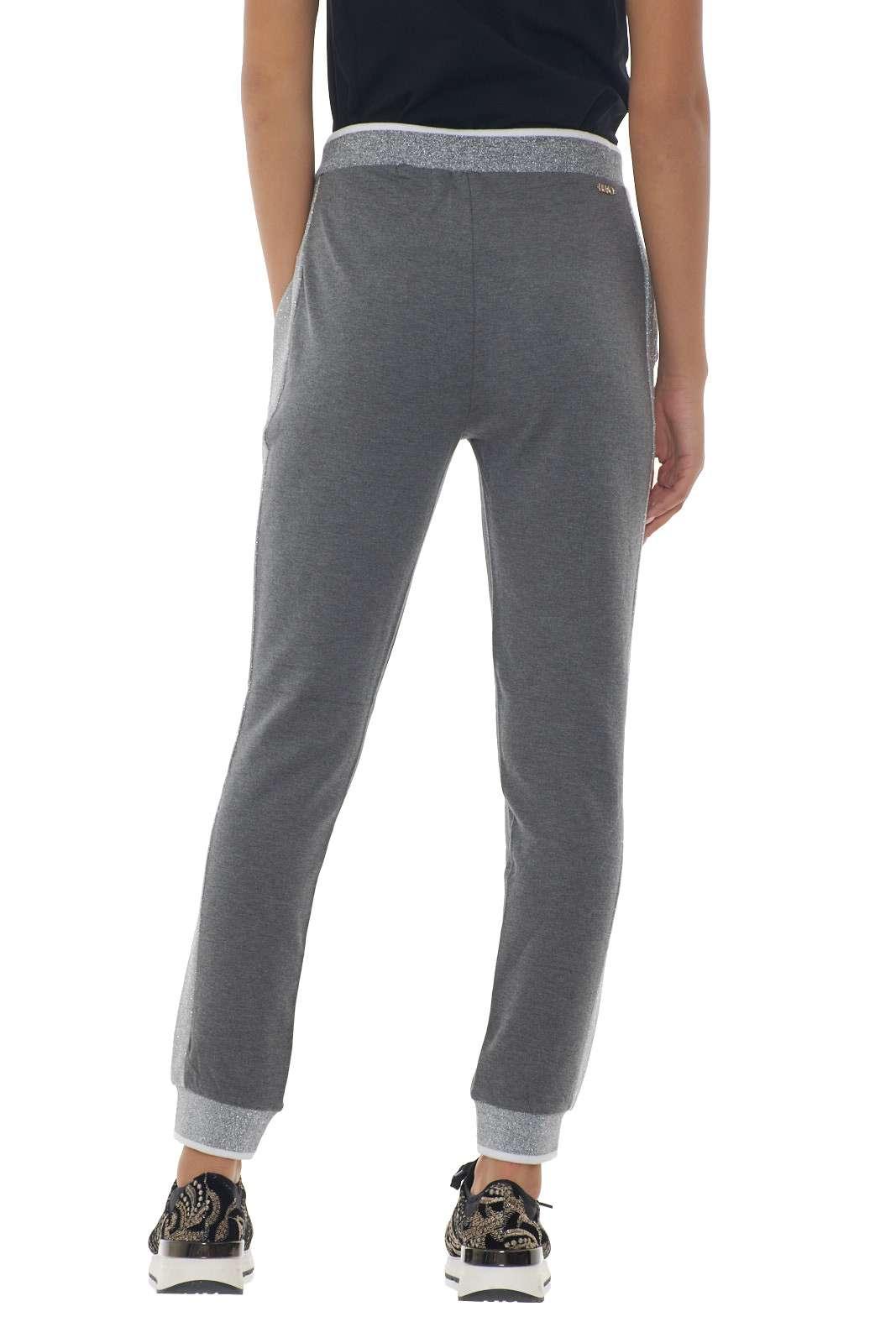 https://www.parmax.com/media/catalog/product/a/i/AI-outlet_parmax-pantaloni-donna-Liu-Jo-T69045-C.jpg