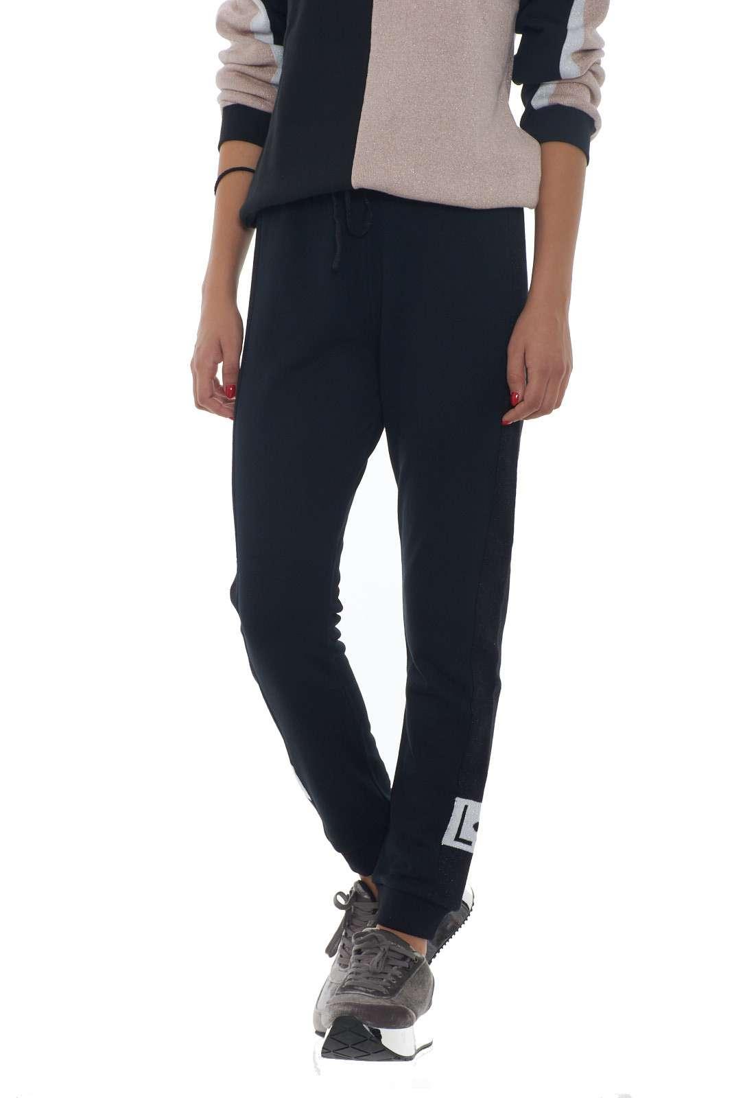 https://www.parmax.com/media/catalog/product/a/i/AI-outlet_parmax-pantaloni-donna-Liu-Jo-T69105-A.jpg