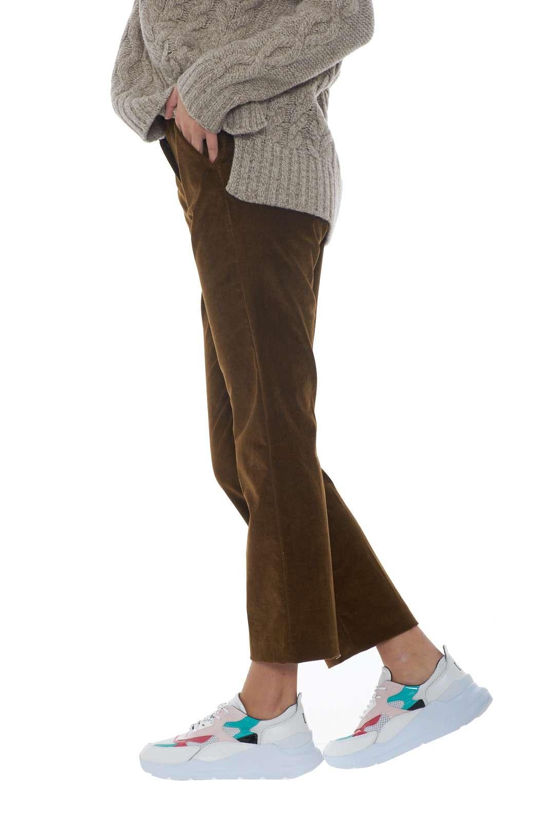 https://www.parmax.com/media/catalog/product/a/i/AI-outlet_parmax-pantaloni-donna-MaxMara-51360293-B.jpg