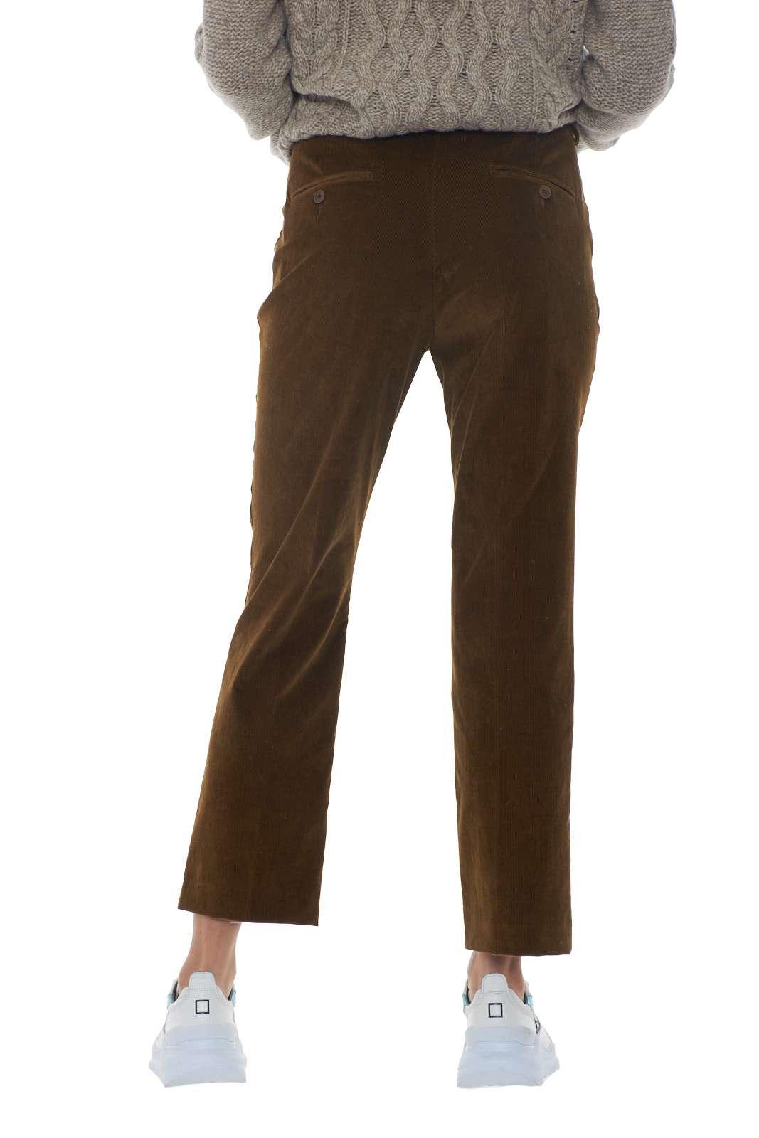 https://www.parmax.com/media/catalog/product/a/i/AI-outlet_parmax-pantaloni-donna-MaxMara-51360293-C.jpg
