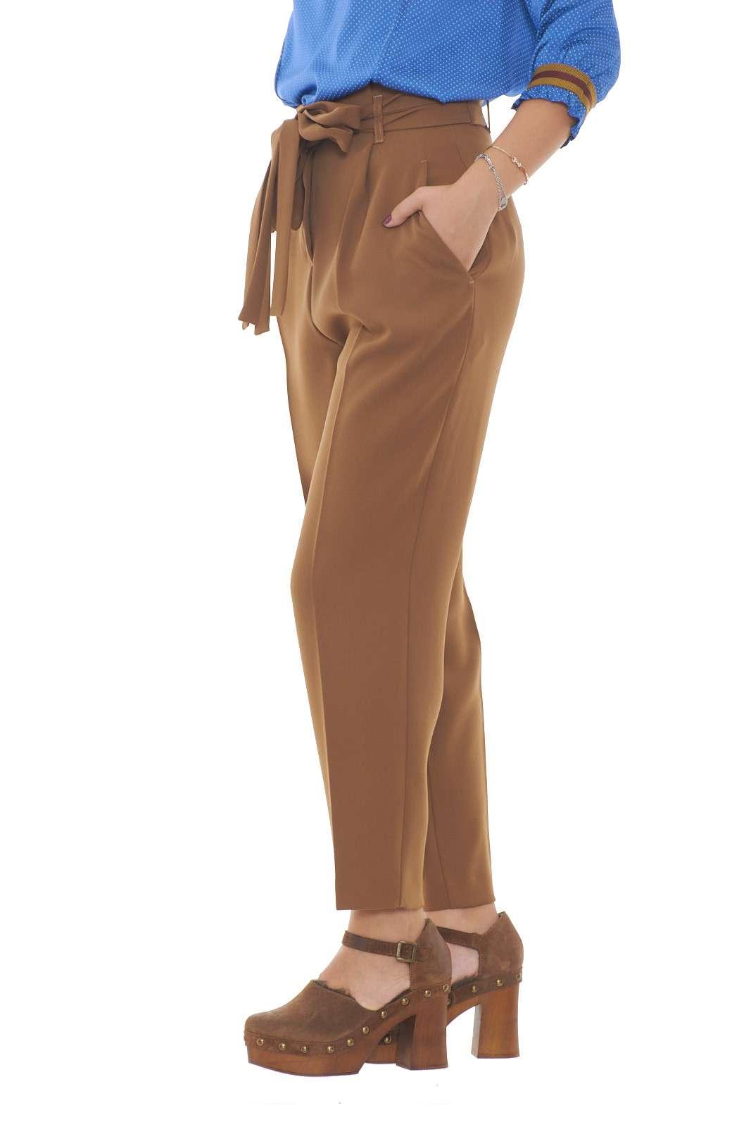 /media/catalog/product/a/i/AI-outlet_parmax-pantaloni-donna-Sfizio-19FA1179SILENO-B.jpg