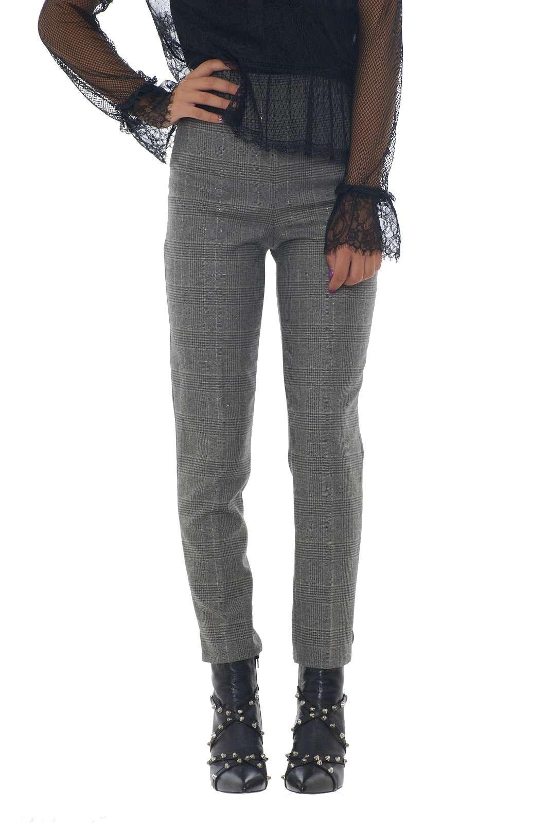 https://www.parmax.com/media/catalog/product/a/i/AI-outlet_parmax-pantaloni-donna-Twin-Set-192TT2440-A.jpg