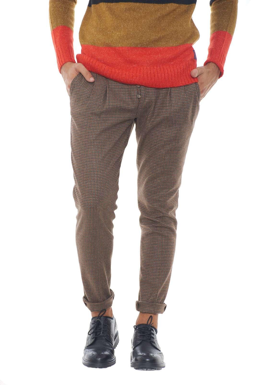 https://www.parmax.com/media/catalog/product/a/i/AI-outlet_parmax-pantaloni-uomo-Desica-FURORE%20CM%2004-A.jpg