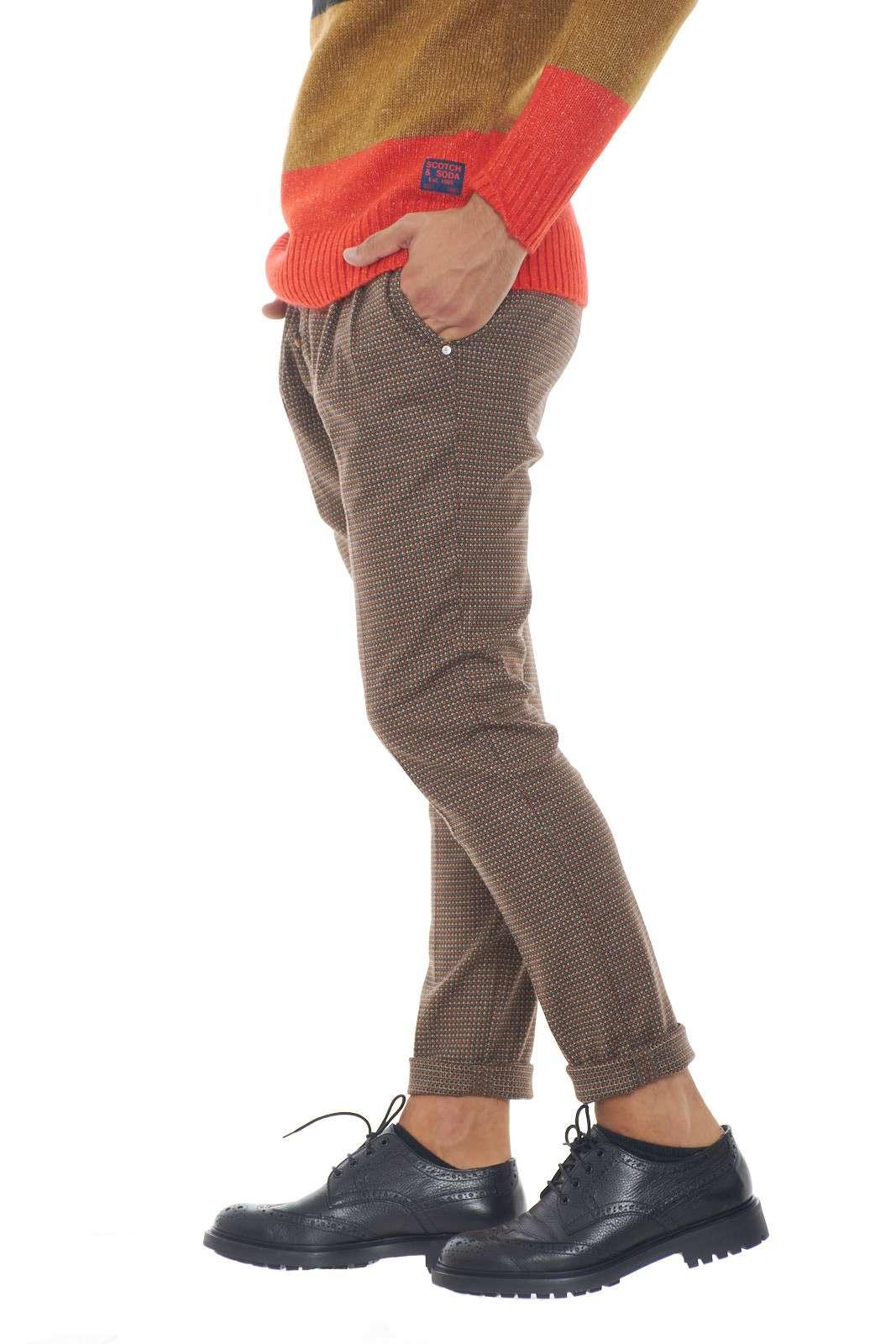 https://www.parmax.com/media/catalog/product/a/i/AI-outlet_parmax-pantaloni-uomo-Desica-FURORE%20CM%2004-B.jpg