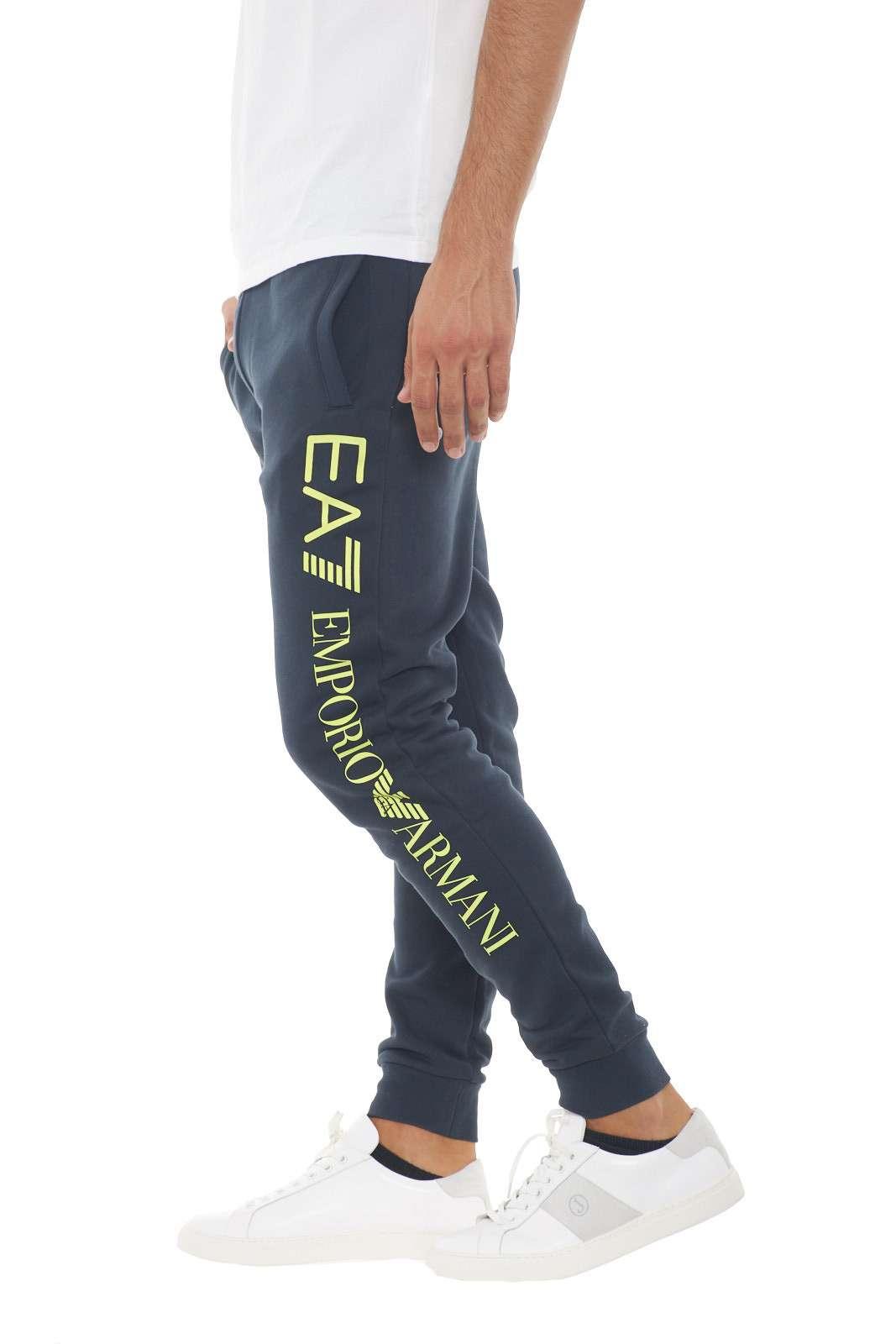 https://www.parmax.com/media/catalog/product/a/i/AI-outlet_parmax-pantaloni-uomo-Emporio-Armani-8NPPB5-B.jpg