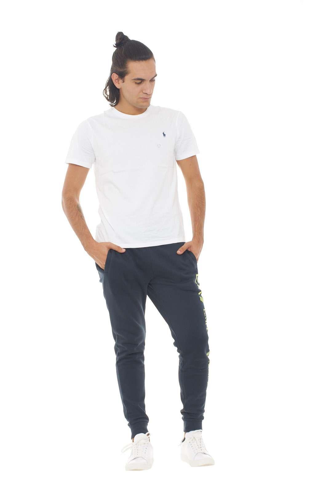 https://www.parmax.com/media/catalog/product/a/i/AI-outlet_parmax-pantaloni-uomo-Emporio-Armani-8NPPB5-D.jpg
