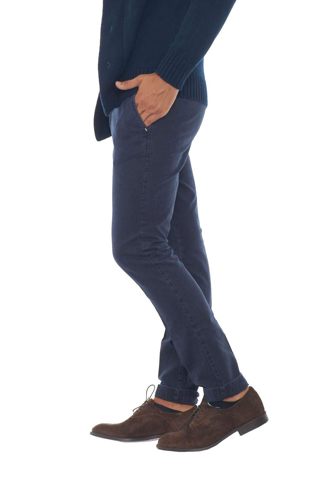 https://www.parmax.com/media/catalog/product/a/i/AI-outlet_parmax-pantaloni-uomo-Michael-Coal-BRAD2443-B.jpg