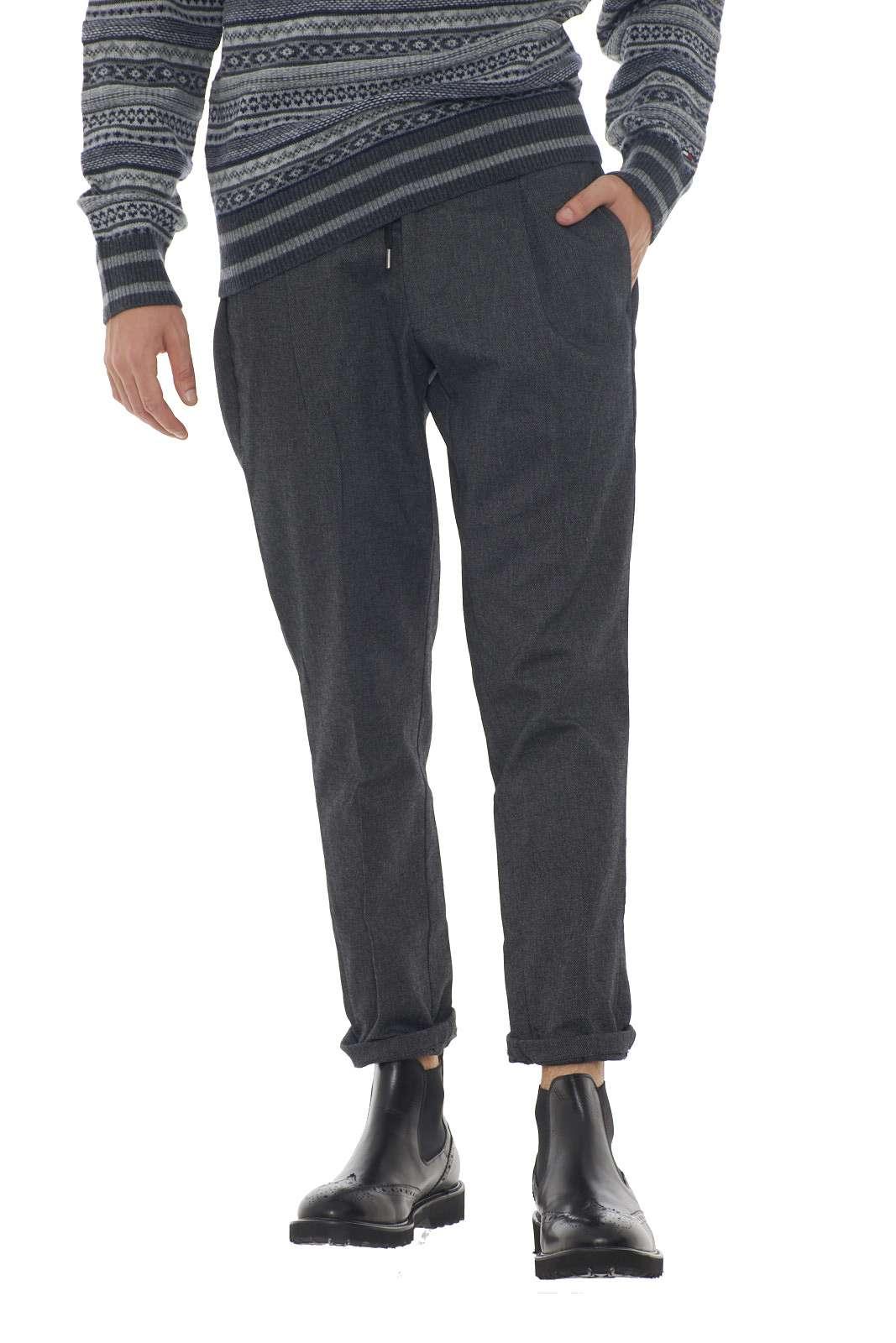 https://www.parmax.com/media/catalog/product/a/i/AI-outlet_parmax-pantaloni-uomo-Micheal%20Coal-johnny3289-B.jpg