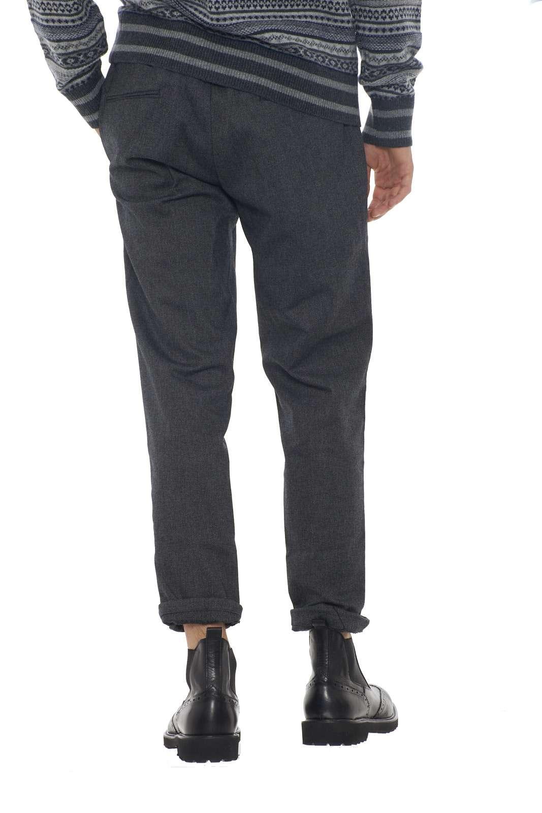 https://www.parmax.com/media/catalog/product/a/i/AI-outlet_parmax-pantaloni-uomo-Micheal%20Coal-johnny3298-D.jpg