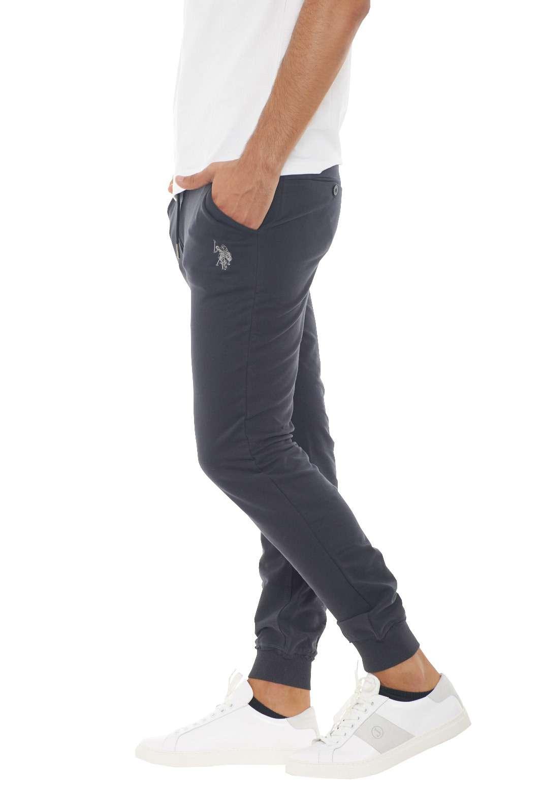 https://www.parmax.com/media/catalog/product/a/i/AI-outlet_parmax-pantaloni-uomo-Us-Polo-43300-B.jpg