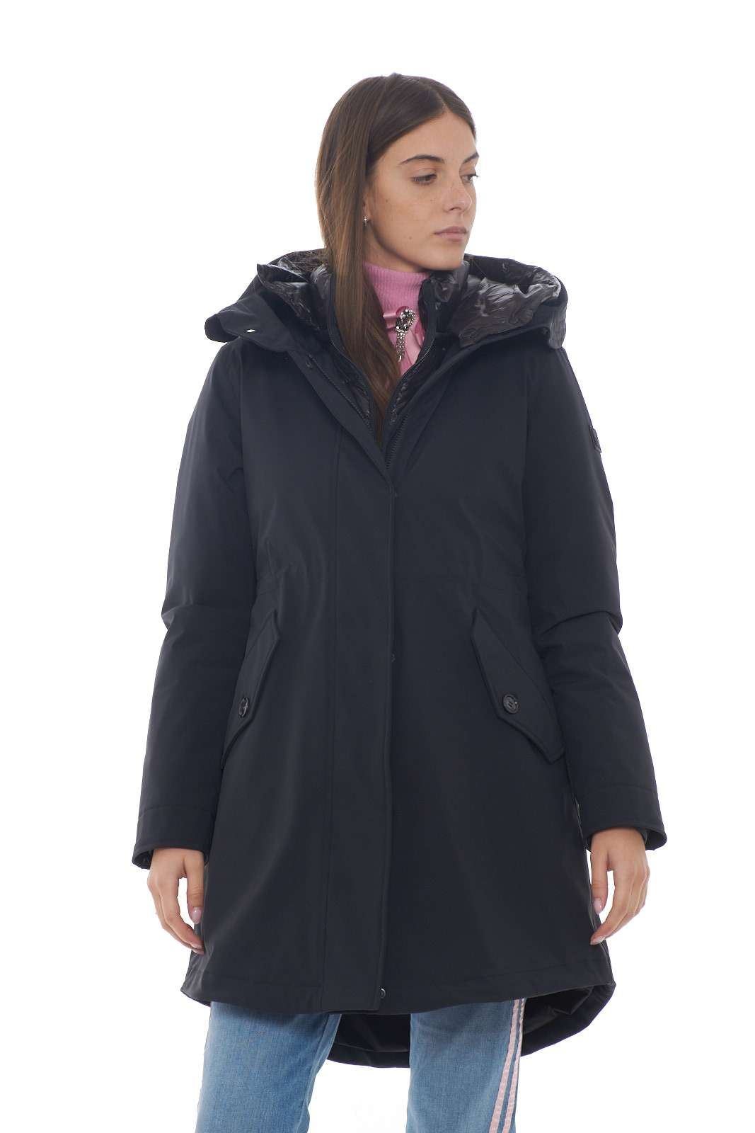 https://www.parmax.com/media/catalog/product/a/i/AI-outlet_parmax-parka-donna-Woolrich-WWCPS2785-A.jpg