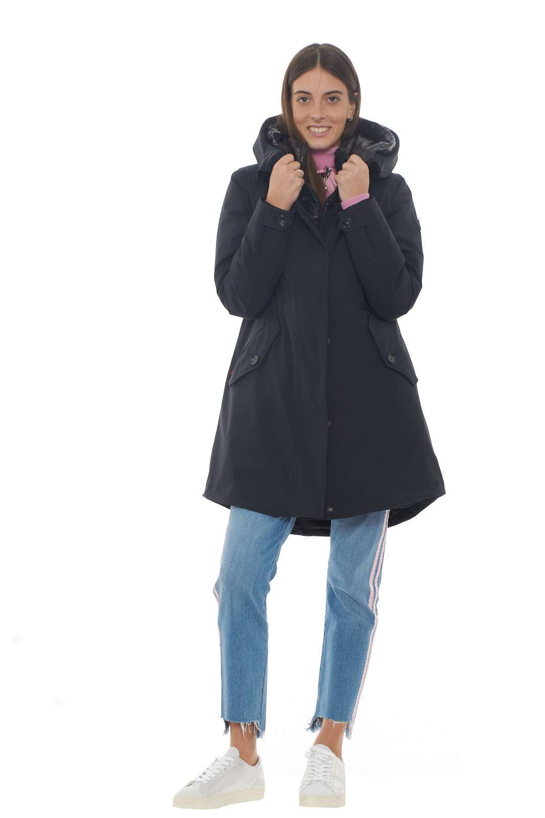 https://www.parmax.com/media/catalog/product/a/i/AI-outlet_parmax-parka-donna-Woolrich-WWCPS2785-D.jpg