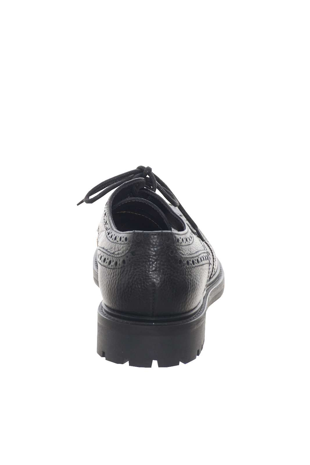 https://www.parmax.com/media/catalog/product/a/i/AI-outlet_parmax-scarpe-uomo-MFW-Collection-112483MW-C.jpg