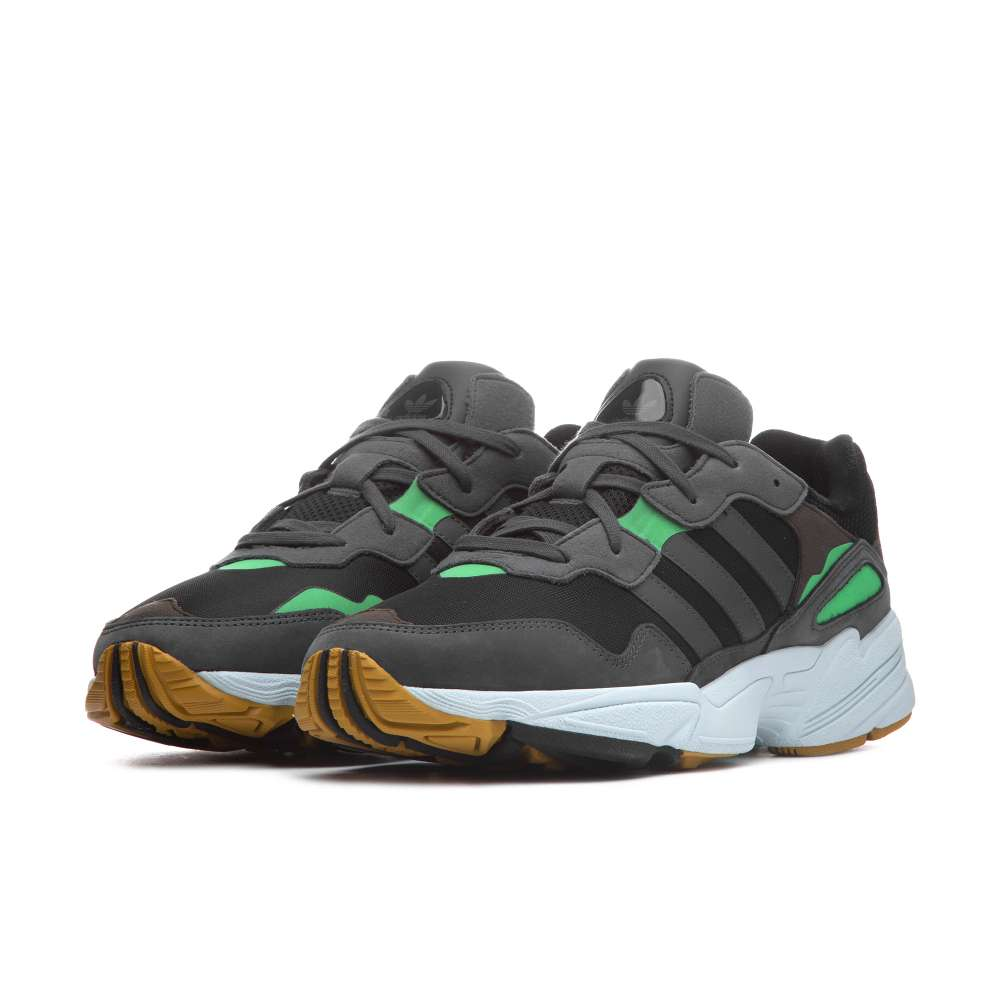 https://www.parmax.com/media/catalog/product/a/i/AI-outlet_parmax-sneaker-uomo-Adidas-F35018-B.jpg