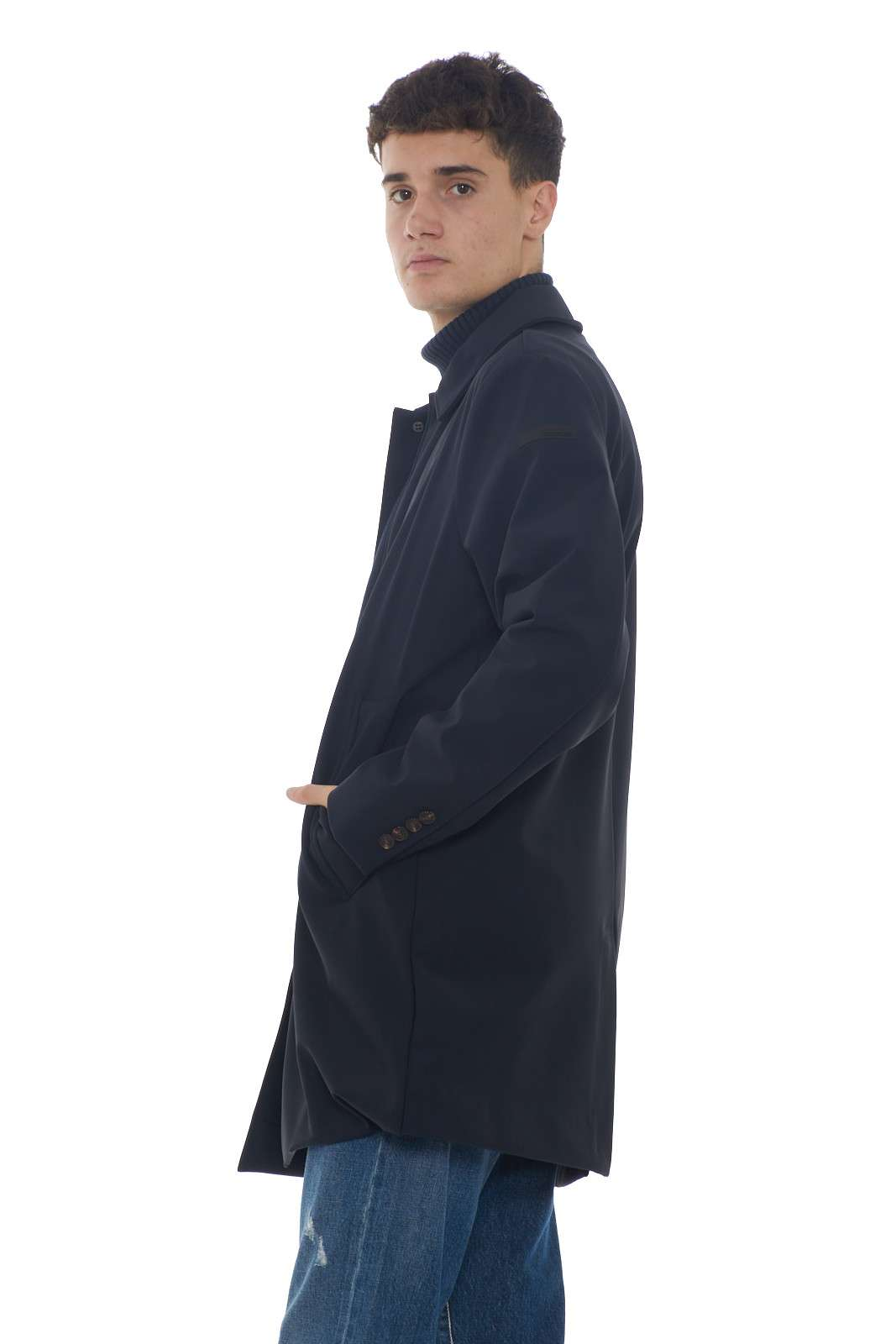 https://www.parmax.com/media/catalog/product/a/i/AI-outlet_parmax-trench-uomo-RRD-W19035-B.jpg