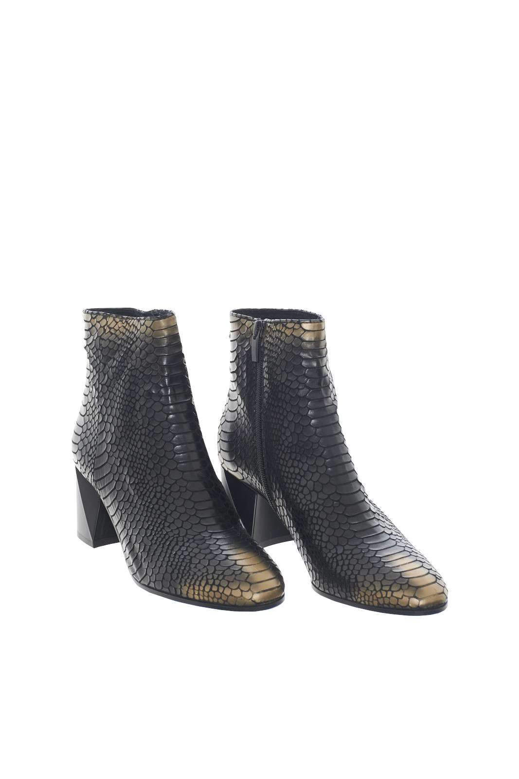 https://www.parmax.com/media/catalog/product/a/i/AI-outlet_parmax-tronchetto-donna-Etwob-BY0701X-D.jpg