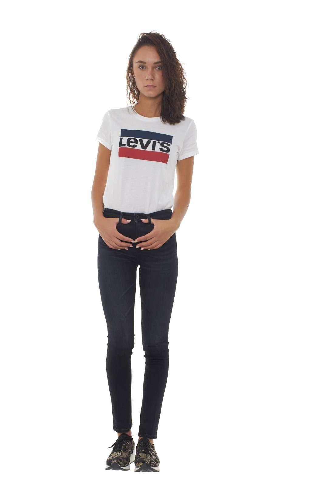 https://www.parmax.com/media/catalog/product/a/i/AI-outlet_parmax-t-shirt-donna-Levis-17369%200297-D_2.jpg