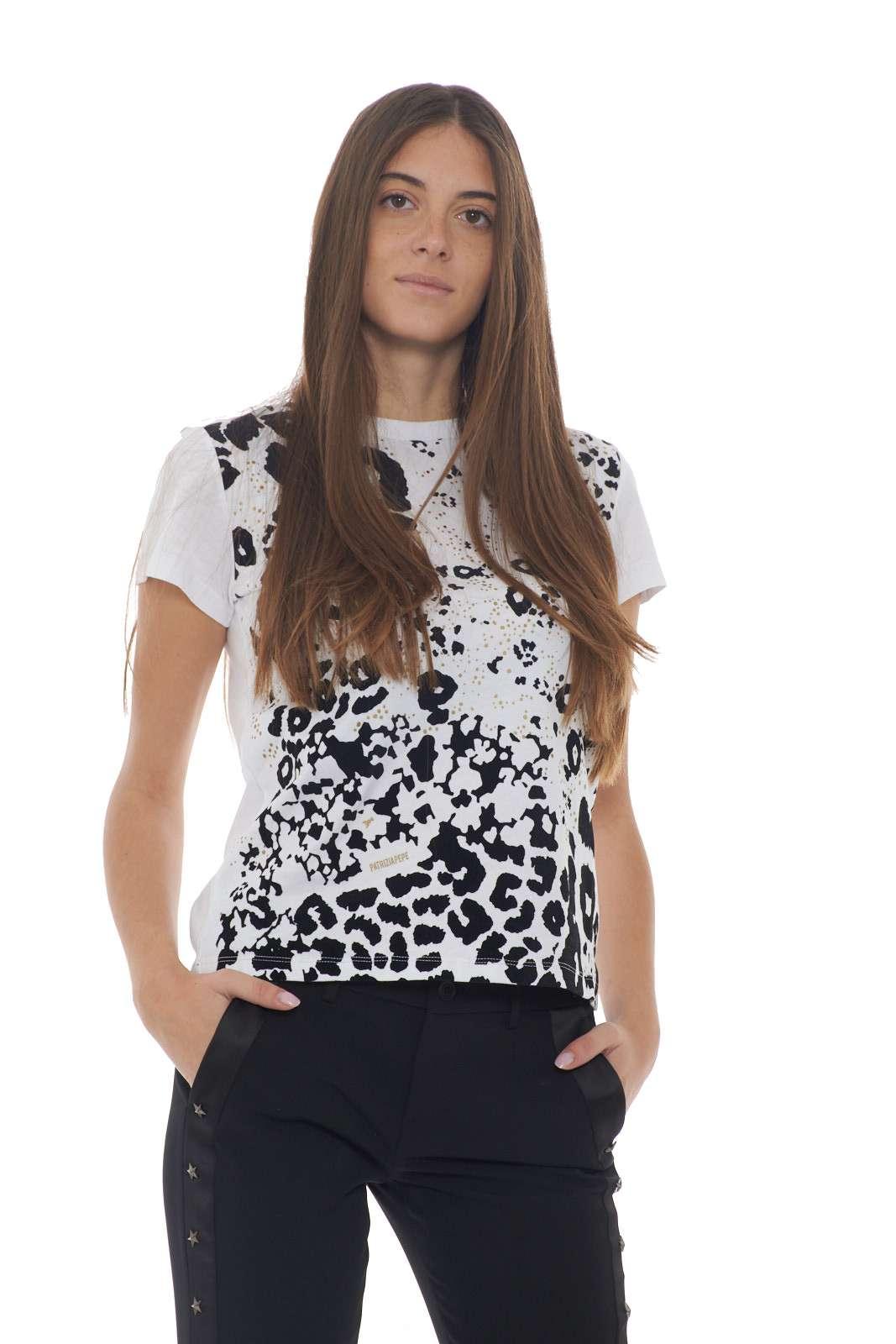 https://www.parmax.com/media/catalog/product/a/i/AI-outlet_parmax-t-shirt-donna-Patrizia-Pepe-2M3819-A.jpg