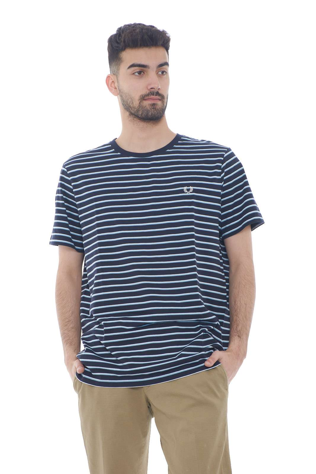 https://www.parmax.com/media/catalog/product/a/i/PE-outlet_parmax-t-shirt-uomo-Fred-Perry-M5573-A.jpg