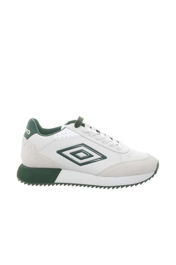 La sneaker firmata Umbro perfetta per la donna che ama calzature casual e pratiche, ideali per completare look urban e cittadini. Il suo stile minimal, sarà facile da abbinare a jeans o pantaloni, per outfit trendy e sul pezzo.