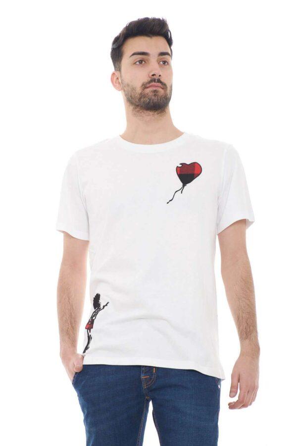 Una T shirt dal gusto chic e fashion quello proposto dalla collezione uomo Malph.  Da indossare con un jeans o con un bermuda colorano i look più quotidiani.