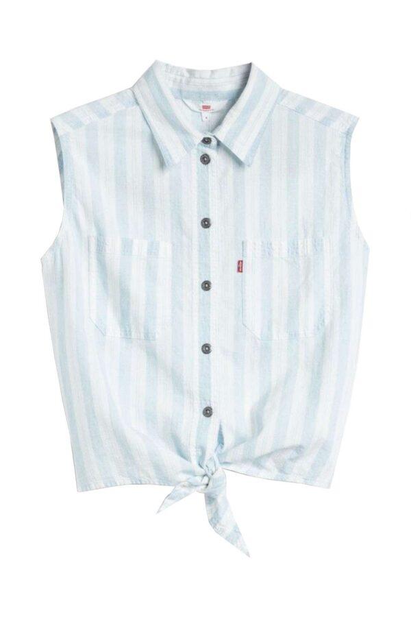 Un capo versatile e dallo stile quotidiano, la camicia Alina della collezione firmata Levi's. Adatta per outfit semplici, che diventeranno il caposaldo della tua routine.