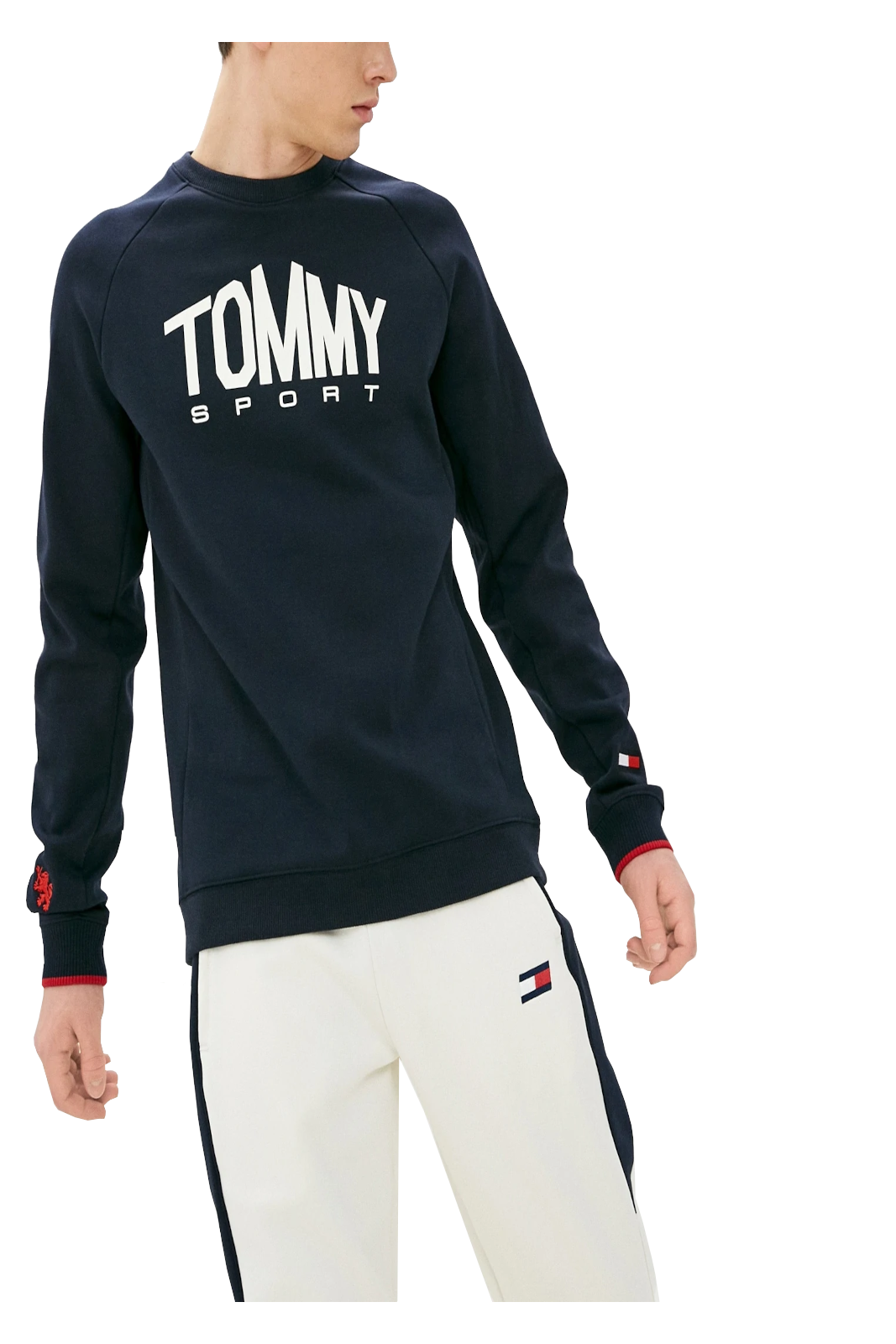Un semplicità casual e iconica, contraddistingue questa felpa firmata Tommy Hilfiger. Una garanzia di stile, che punta tutto su comfort e versatilità. Perfetta per il tuo tempo libero, e la routine più informale.